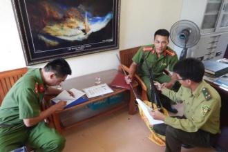 Kiểm lâm Vườn Quốc gia Phong Nha - Kẻ Bàng bắt giữ súng chuyển giao cho Công an